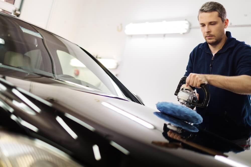 man preparing to apply ceramic coating